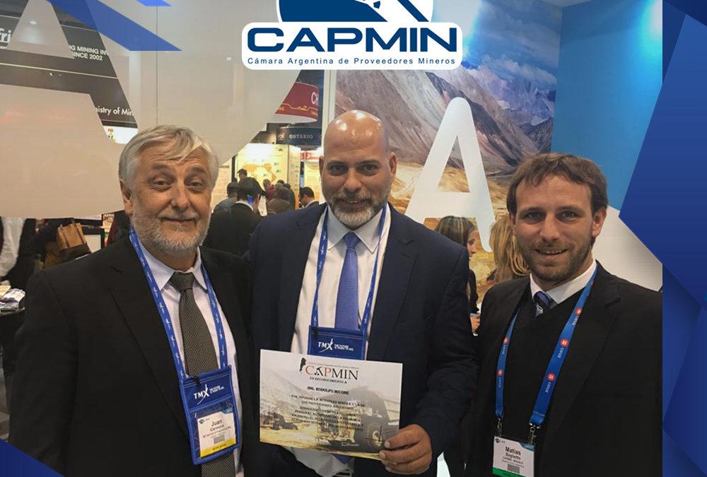 CAPMIN entrega reconocimiento a Rodolfo Micone en el PDAC 2019